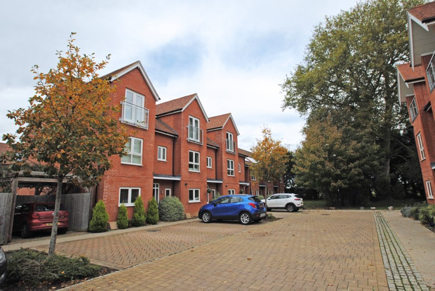 Images for Nicolls Close, Cholsey
